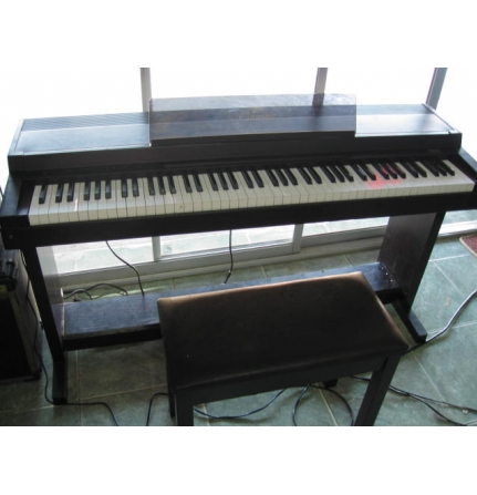 Piano CLP-30